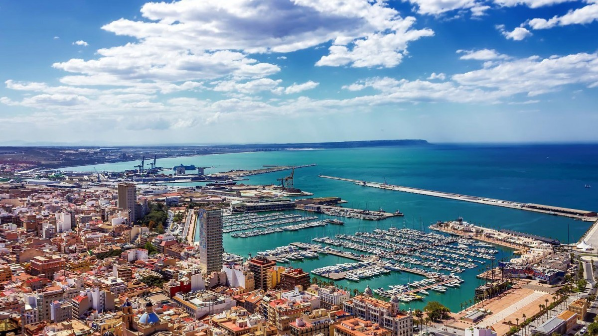 Kojencharter & Mallorca-Segelurlaub im Mittelmeer